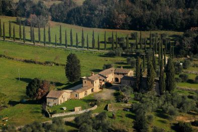 RUSTIC COUNTRY HOUSE, FARM FOR SALE IN SIENA