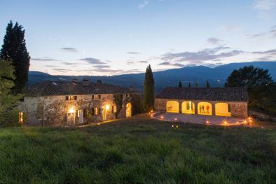 TUSCAN ESTATE WITH FARMHOUSES LAND LAKE VIEW