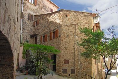 3 BEDROOM CHARMING APARTMENT FOR SALE ANGHIARI, TUSCANY  Maggiori Dettagli e Foto