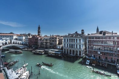 LUXURY APARTMENT FOR SALE ON THE CANAL GRANDE, VENICE  Maggiori Dettagli e Foto