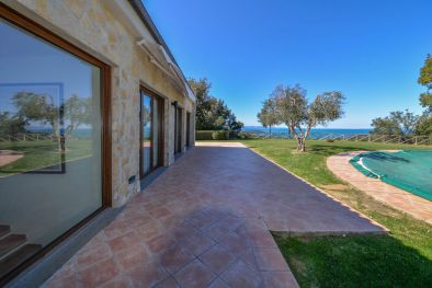 Prestigious villa for sale on the Gulf of Follonica, Tuscany  Maggiori Dettagli e Foto