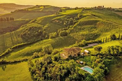 COUNTRY HOUSE WITH POOL AND PANORAMIC VIEW FOR SALE IN MONTEPULCIANO, TUSCANY