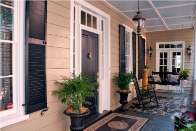VILLA WITH GARDEN FOR SALE IN CHARLESTON U.S.A.