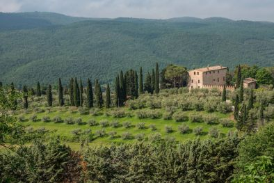 11TH CENTURY MEDIEVAL TOWER FOR SALE IN PERUGIA, UMBRIA  Maggiori Dettagli e Foto