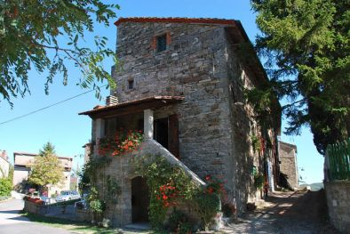 Section of farmhouse for sale Badia Tedalda Tuscany  Maggiori Dettagli e Foto
