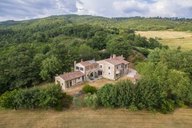ESTATE FOR SALE IN SANSEPOLCRO, TUSCANY