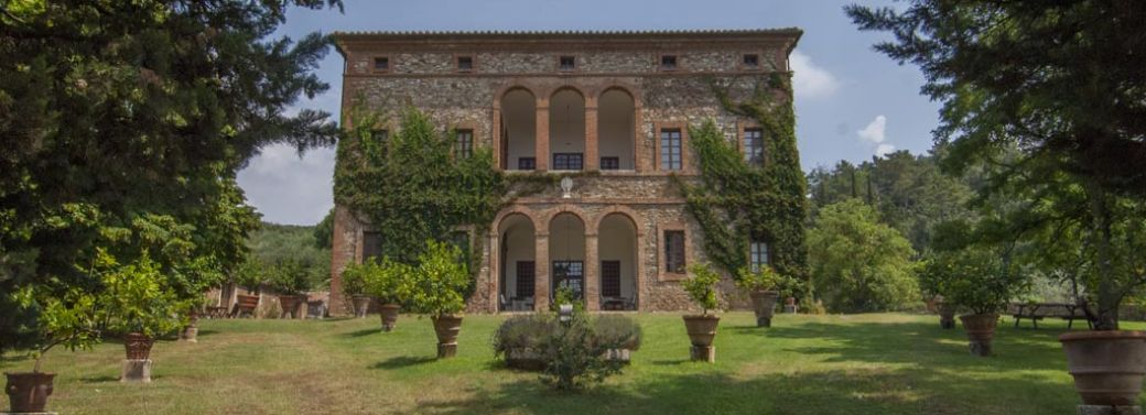 TUSCAN ESTATE WITH MANOR VILLA, 284 HA OF LAND, VINEYARDS,OLIVE GROVE FOR SALE IN ITALY, TUSCANY, SIENA - Sangiovese, Cabernet Sauvignon, Merlot, Syrah
