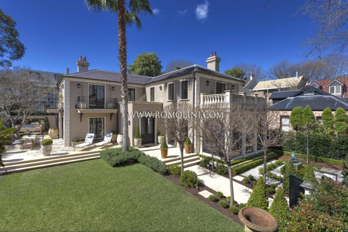 Woollahra villa luxury villa for sale in sydney woollahra for Foto di sale moderne
