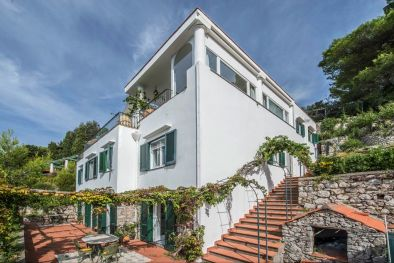 ANACAPRI VILLA FOR SALE WITH POOL SPECTACULAR SEA VIEW