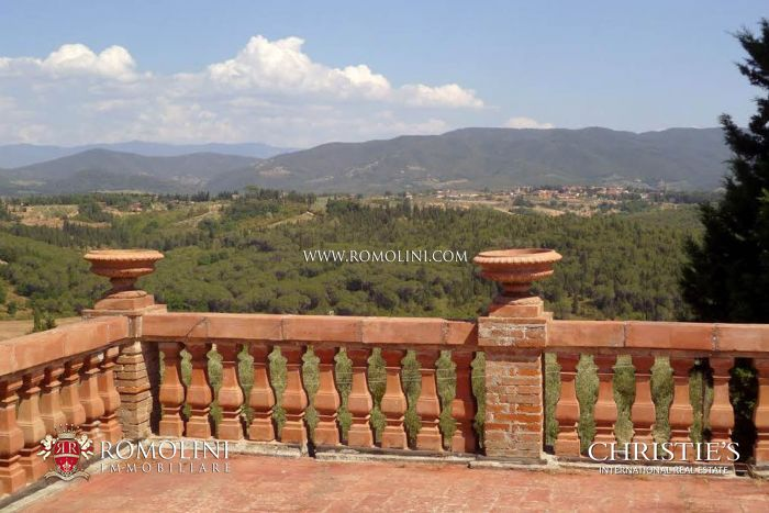 16th century villa for sale
