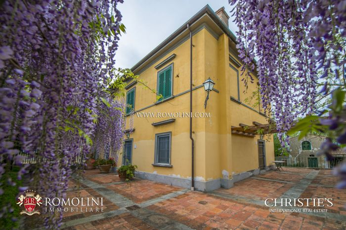 Exclusive Villa for sale in Pisa, Tuscany