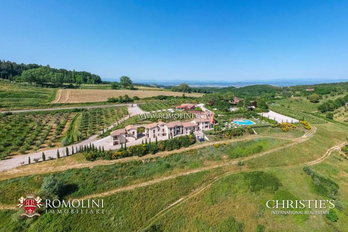 SAN GIMIGNANO, TUSCANY: 73.3-HECTARE ESTATE, RESORT FOR SALE