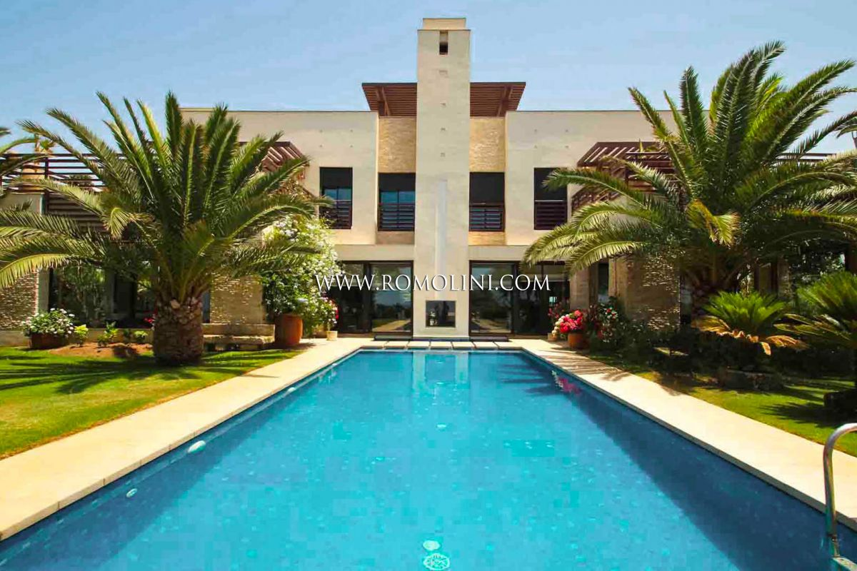 OCEANFRONT LUXURY VILLA FOR SALE IN EL-JADIDA, MOROCCO | Romolini - Christie's