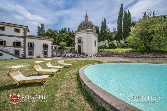 PERIOD MANSION FOR SALE IN FLORENCE, TUSCANY