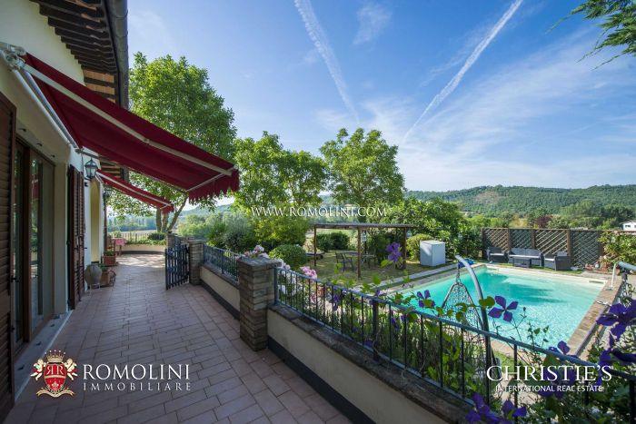 4-BEDROOM VILLA FOR SALE IN CITERNA, UMBRIA
