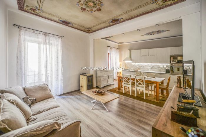 TOWNHOUSE FOR SALE IN THE HISTORIC CENTRE OF MONTERCHI, TUSCANY