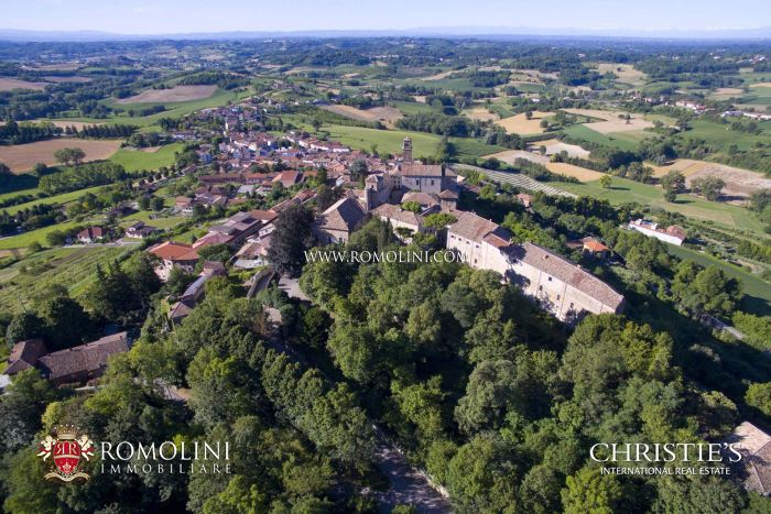 CASTLE FOR SALE MONFERRATO PIEDMONT