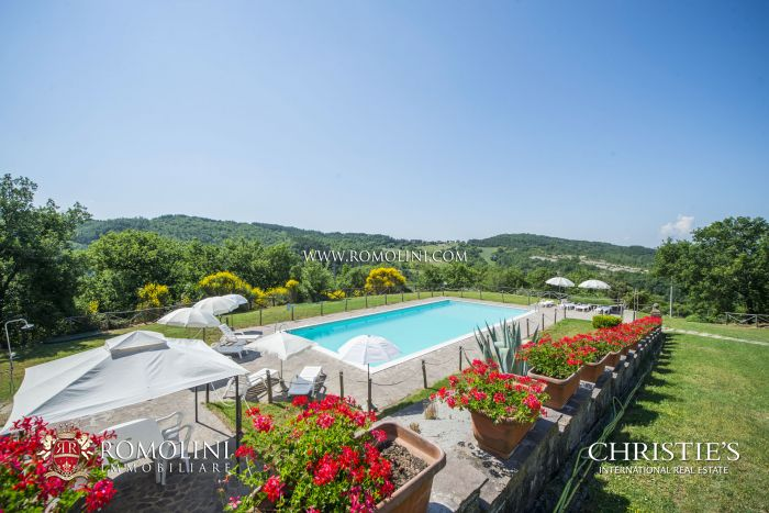 RESTORED HISTORIC PROPERTY FOR SALE IN UMBRIA