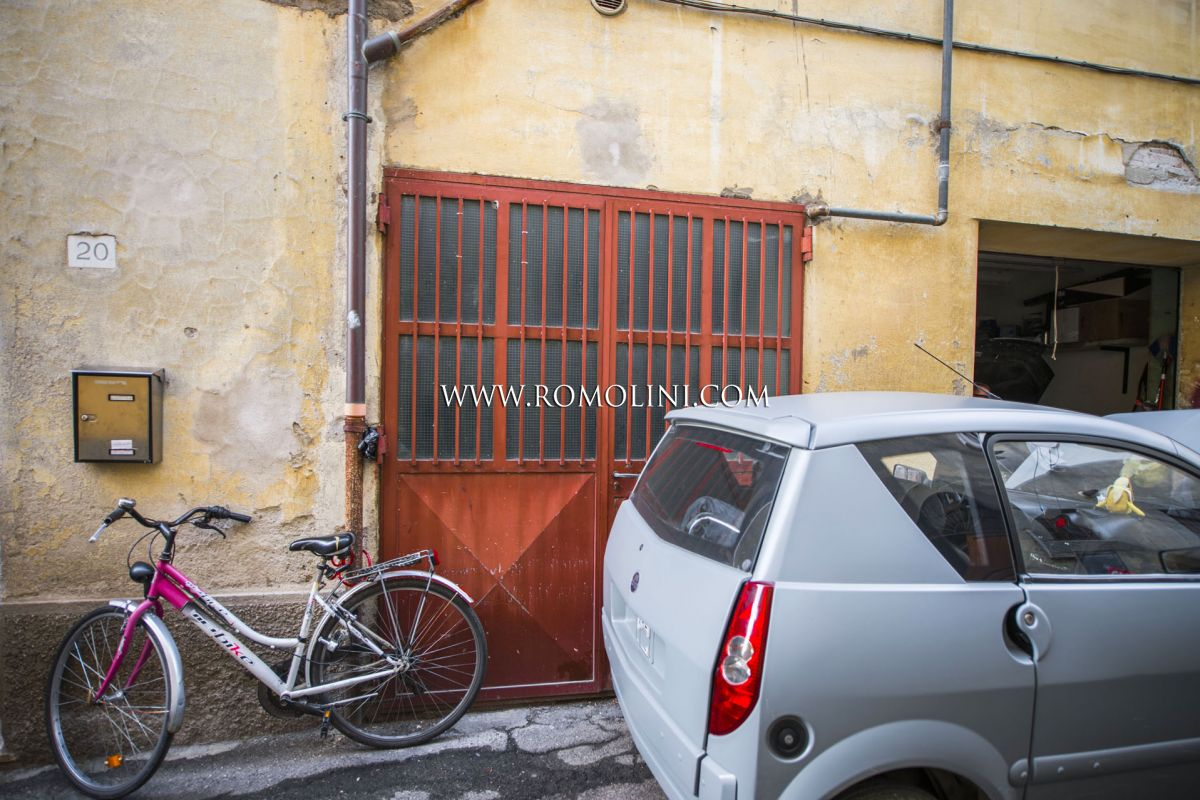 2-BEDROOM APARTMENT FOR SALE SANSEPOLCRO TUSCANY