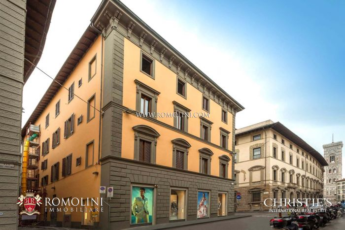 APARTMENT FOR SALE TWO STEPS FROM PIAZZA DUOMO, FLORENCE