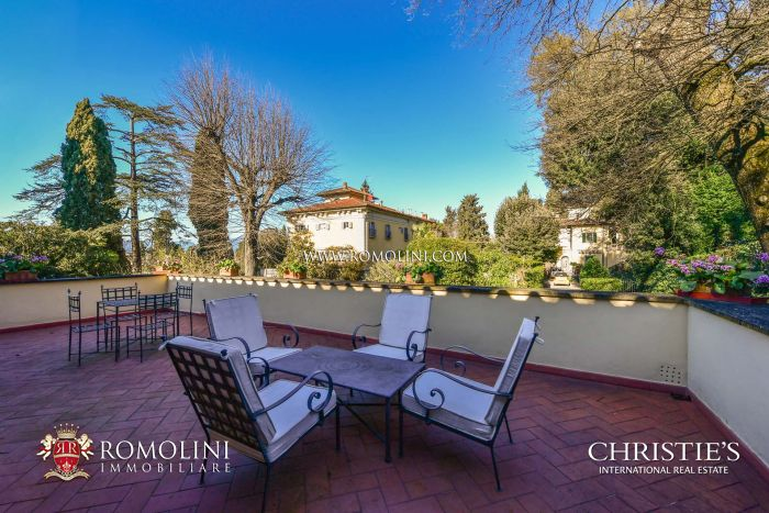LUXURY APARTMENT INDEPENDENT ACCESS FOR SALE POGGIO IMPERIALE FLORENCE