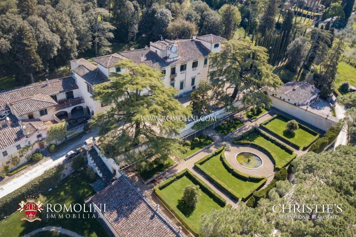 STUNNING HISTORICAL VILLA FOR SALE IN FLORENCE, TUSCANY