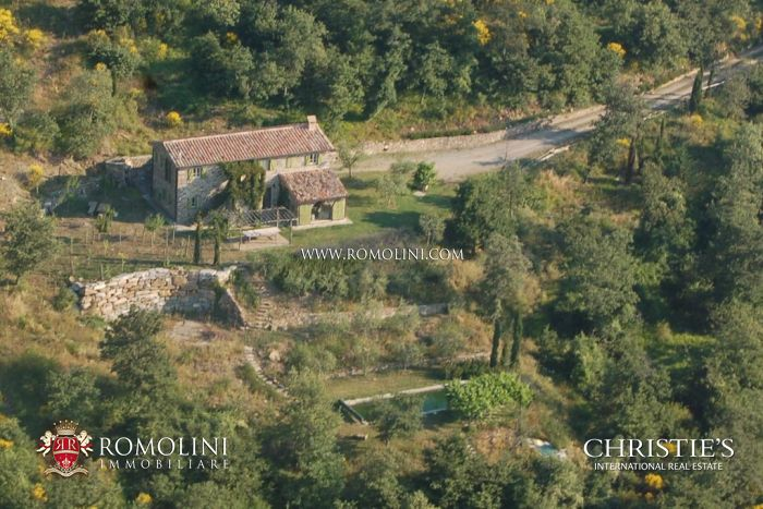 Farmhouse for sale Valle del Niccone Cortona