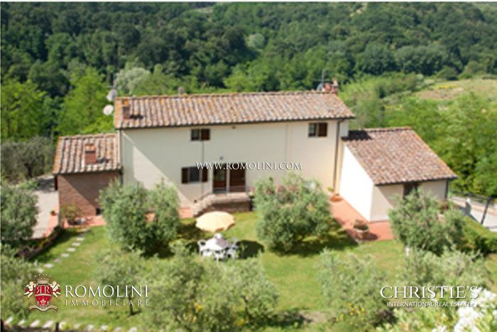 Farm estate for sale in Tuscany