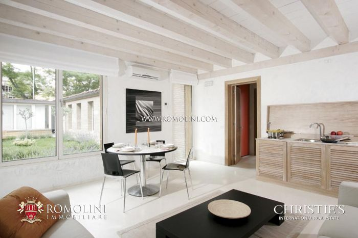 LUXURY PROPERTY FOR SALE IN VENICE, CANAREGIO SESTRIERE