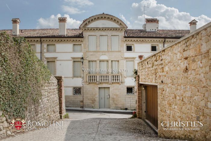 TWO-BEDROOM APARTMENT FOR SALE IN ASOLO, PROPERTY FOR SALE IN VENETO, Italy