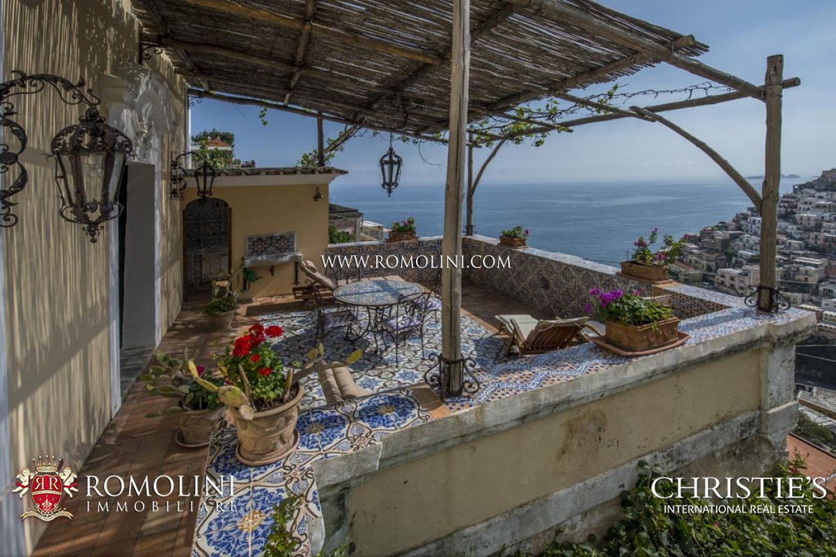 LUXURY APARTMENT WITH SEA VIEW TERRACE FOR SALE - Positano, Amalfi Coast