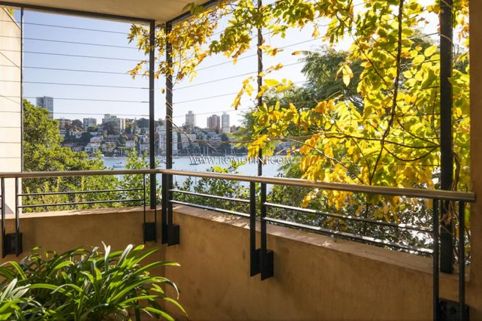3-BEDROOM APARTMENT WITH SEA VIEW FOR SALE IN DOUBLE BAY, SYDNEY