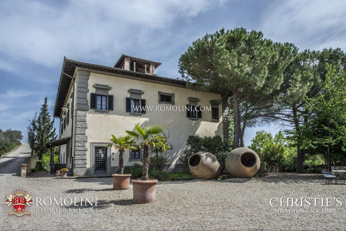 PRIVATE HUNTING RESERVE, WINE ESTATE, COLLI FIORENTINI, CHIANTI CLASSICO DOCG ǀ For Sale