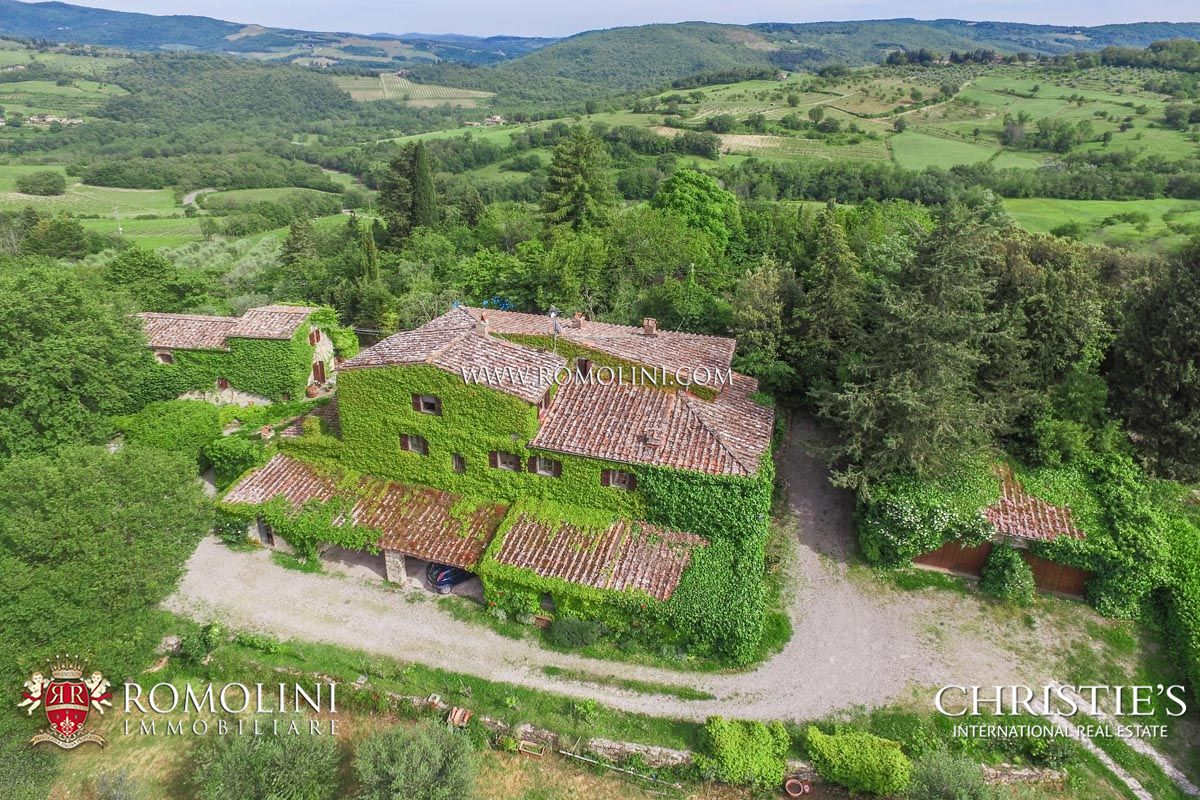 VILLA FOR SALE IN PANZANO IN CHIANTI
