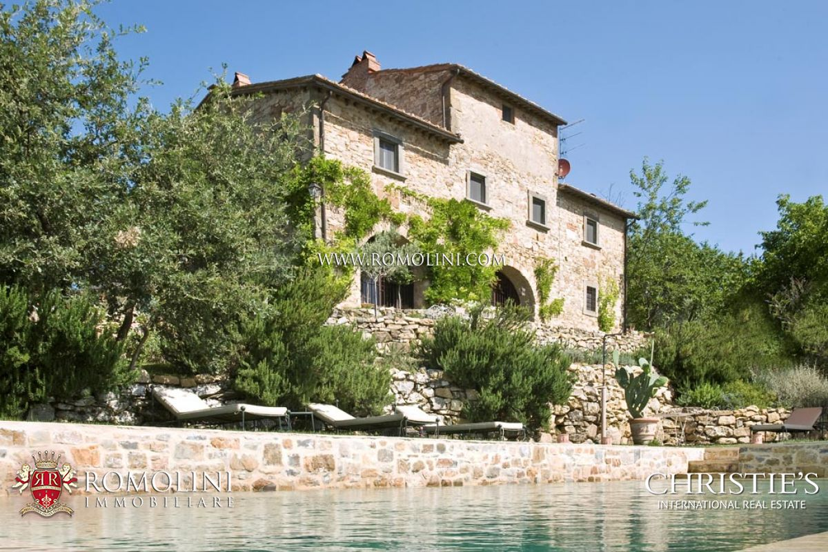 RADDA IN CHIANTI FARMHOUSE FOR SALE TUSCANY