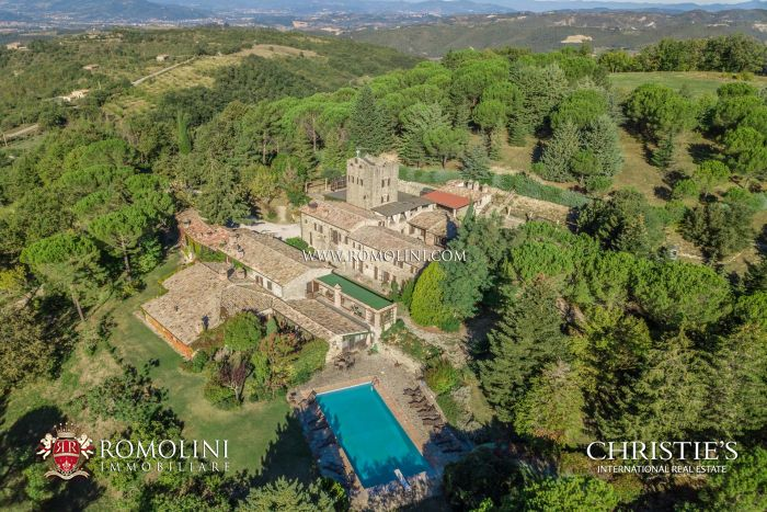 Hamlet for sale in Gubbio, Umbria